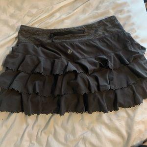 Lululemon grey ruffle running skirt